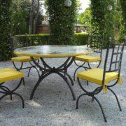 tavoli ferro battuto e ceramica tropea
