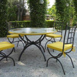 Tavoli da giardino in ceramica deruta - Tavoli da giardino in marmo e ferro battuto prezzi ...