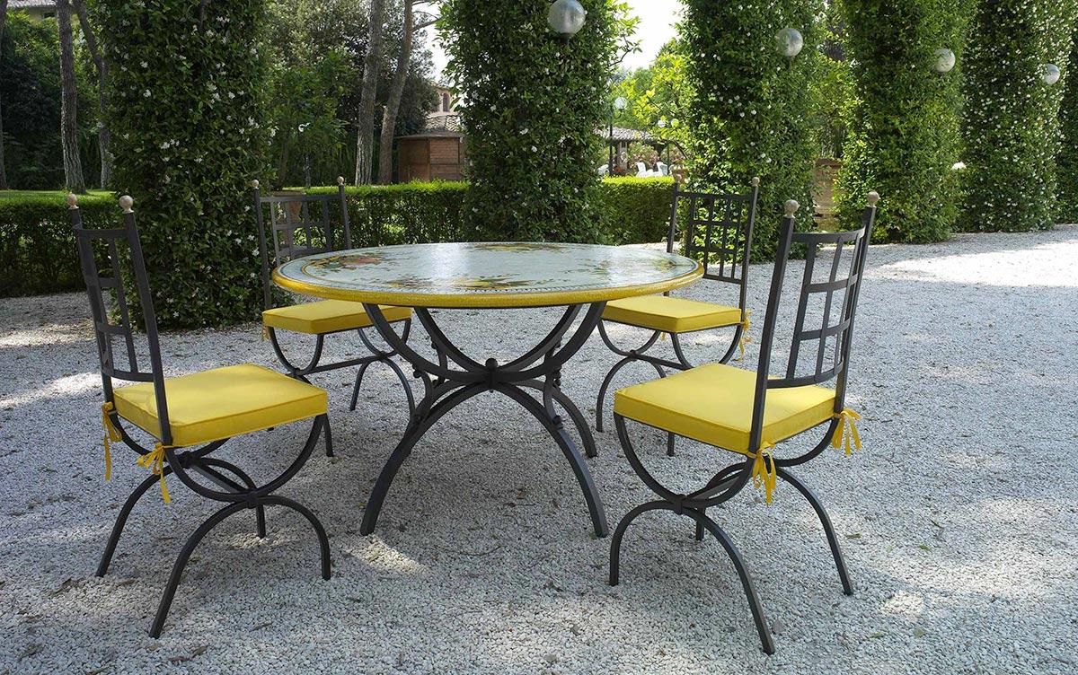 Tavoli Da Giardino Ferro E Ceramica.Tropea Giardini Italiani